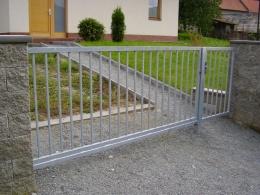 Brána 15-realizace Lažánky